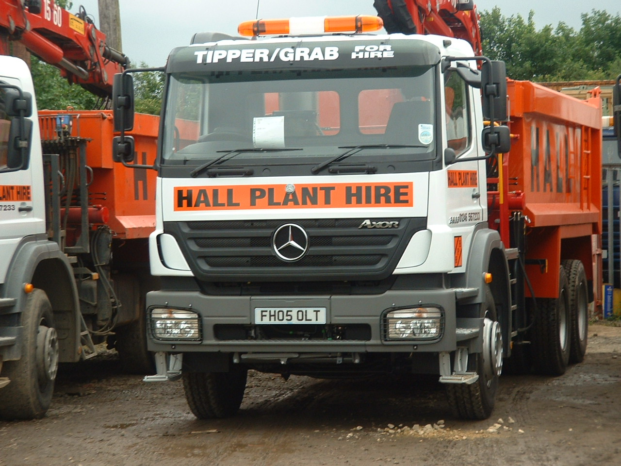 6 Wheel Tipper (C/W Grab)
