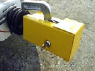 Milenco Caravan Lightweight Hitchlock